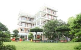 Villa Nghỉ Dưỡng: Biệt Thự Hồ Đồng Quýt – Hòa Bình