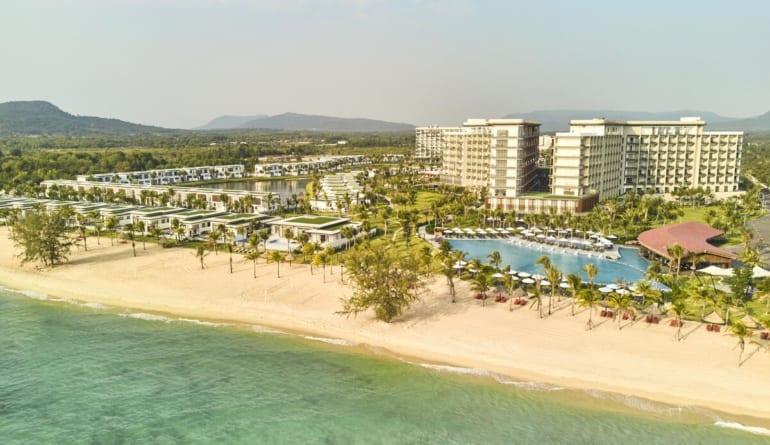 Movenpick Resort Waverly Phu Quoc (2)