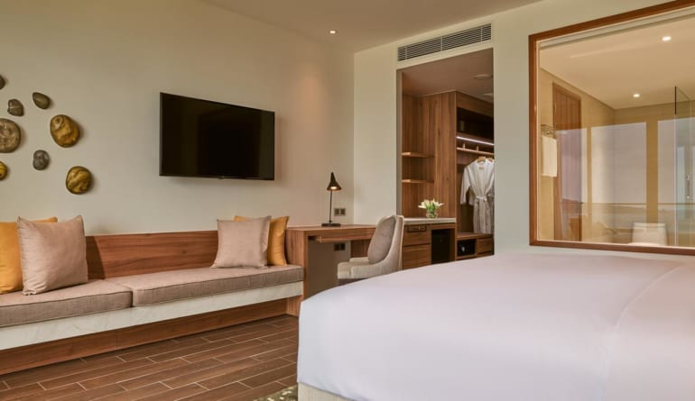 Movenpick Resort Waverly Phu Quoc (9)